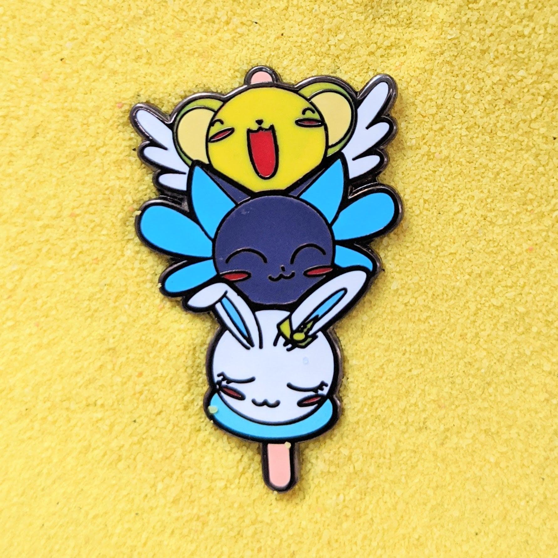 Kero Suppi Momo Dango - Enamel Pin