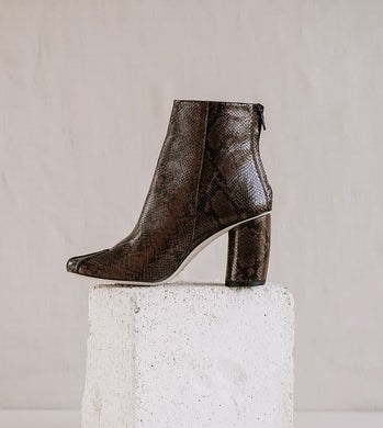 Batton Ankle Boots