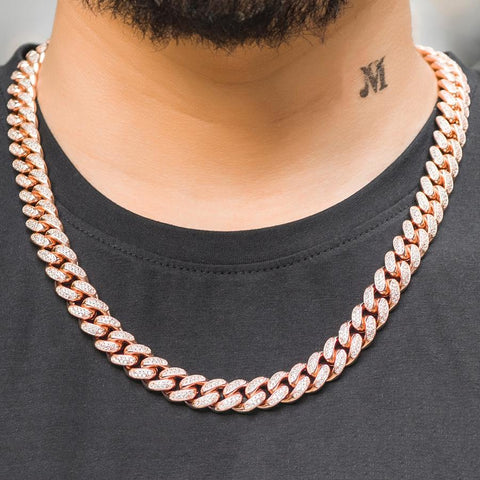 women who are drawn to these thick chains tend to gravitate towards the rose gold because the coloring gives the bulky chain a little bit of a feminine flair.
