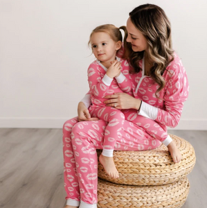 Womens Pink Kisses 2 Piece Bamboo Pajama Set- Little Sleepies
