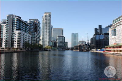2 bed Flat For Sale, Millharbour, London E14