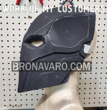 Load image into Gallery viewer, Deathstroke Helmet Eva Foam