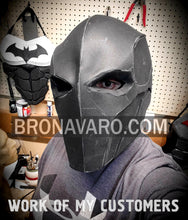 Load image into Gallery viewer, deathstroke helmet foam pattern