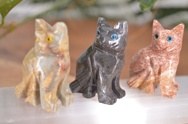 Cat (Sitting) Soapstone Steatite Carving for Broadening Horizons & Shamanic Guidance