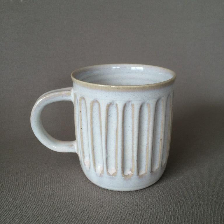 Vertical carved mug 2
