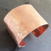 Load image into Gallery viewer, Wide Cuff Copper Bangle for Women