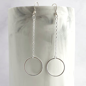 Open circle earrings with chain 5cm dangle