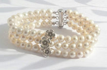 Load image into Gallery viewer, Multi Row Pearl Cuff Flower Bracelet