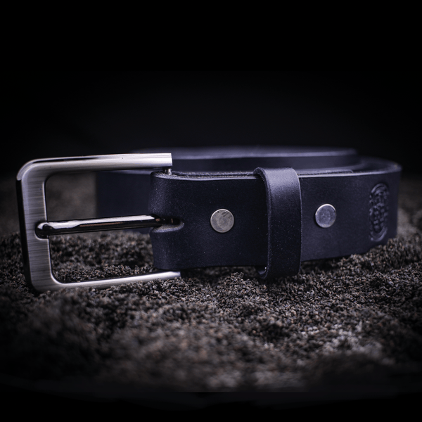 35mm gents belt in dark blue leather with a silver buckle