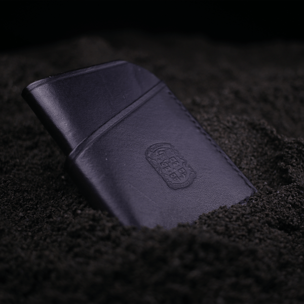 the Meg wallet with coupland crest