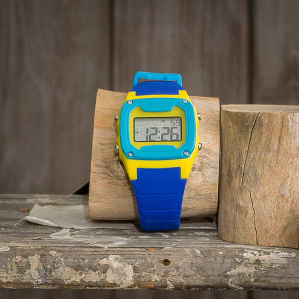 Freestyle - Shark Classic - Blue / Yellow / Cyan