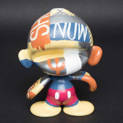 LUDA / BIAFRA HAND PAINTED GLASS MUNNY