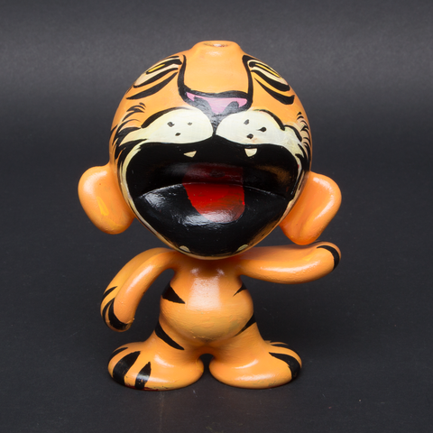 LUDA / SAM FLORES HAND PAINTED GLASS MUNNY