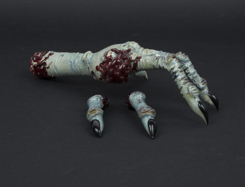 RATED R ZOMBIE HAND SPOON PIPE