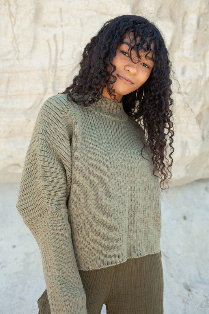 THE MOCK NECK CROP SWEATER