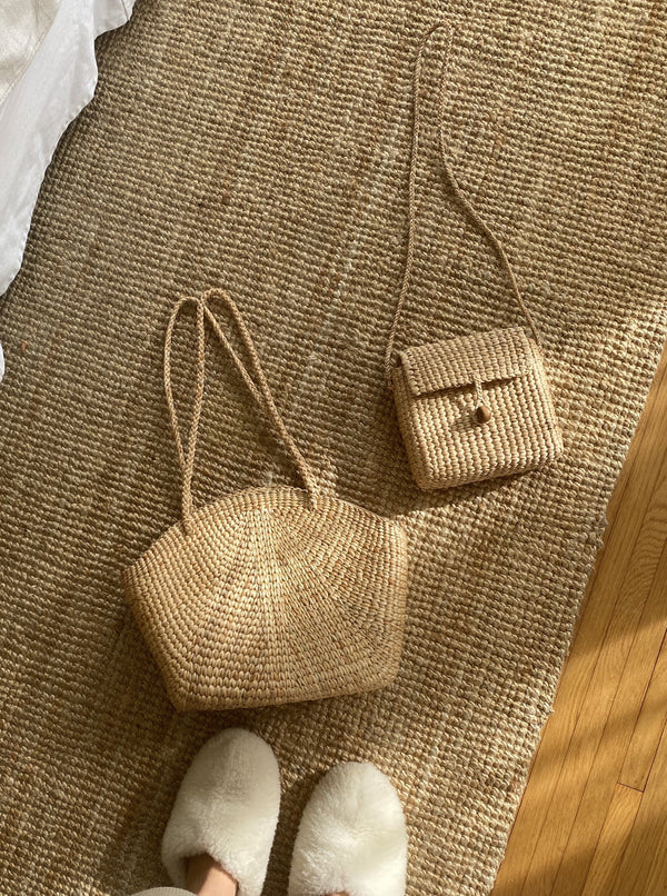 THE ARTISAN HANDBAGS