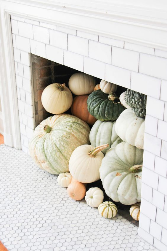 unlock-home-stacked-pumpkins