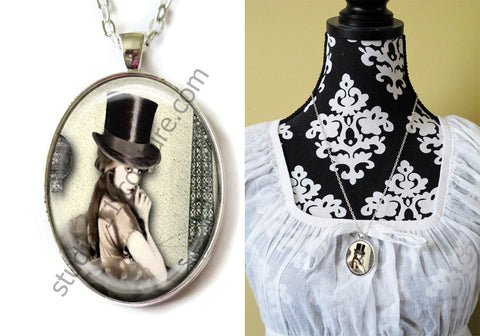 FREE Shipping Silver Plated Metal and Chain Necklace Gothic Steampunk. ZOMBIE STEAMPUNK 20.11