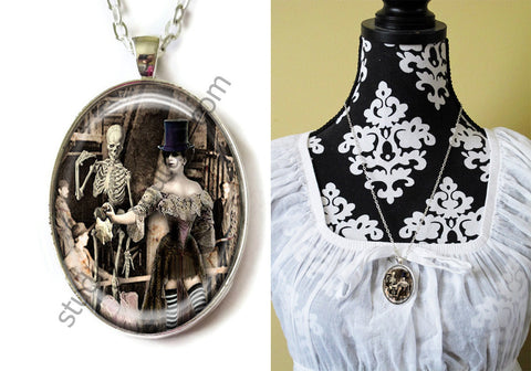 FREE Shipping Silver Plated Metal and Chain Necklace Gothic Steampunk. ZOMBIE STEAMPUNK 20.5