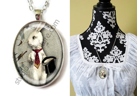 FREE Shipping Silver Plated Metal and Chain Necklace Gothic Steampunk. ZOMBIE STEAMPUNK 20.14