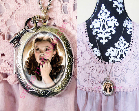FREE SHIPPING Large Silver Plated Locket Necklace Dorothy Wizard of Oz WOZM. 2
