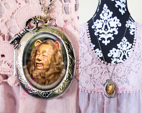 FREE SHIPPING Large Silver Plated Locket Necklace Cowardly Lion Wizard of Oz WOZM.4