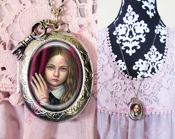 Large Silver Plated Locket Necklace Vintage Alice In Wonderland 33.13