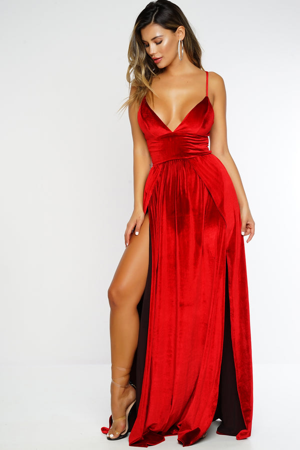 Minimal Effect Velvet Dress - Red