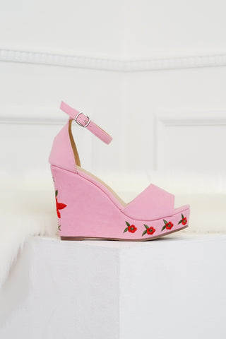 Smell The Roses Wedges - Pink
