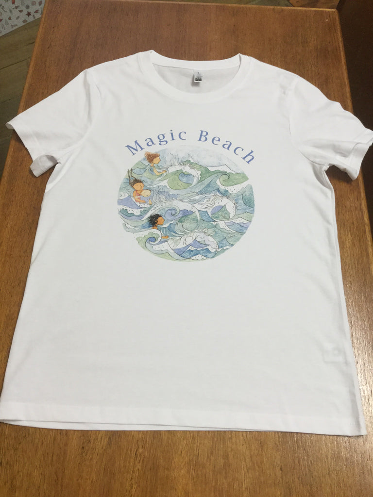 Magic Beach Adult tee medium
