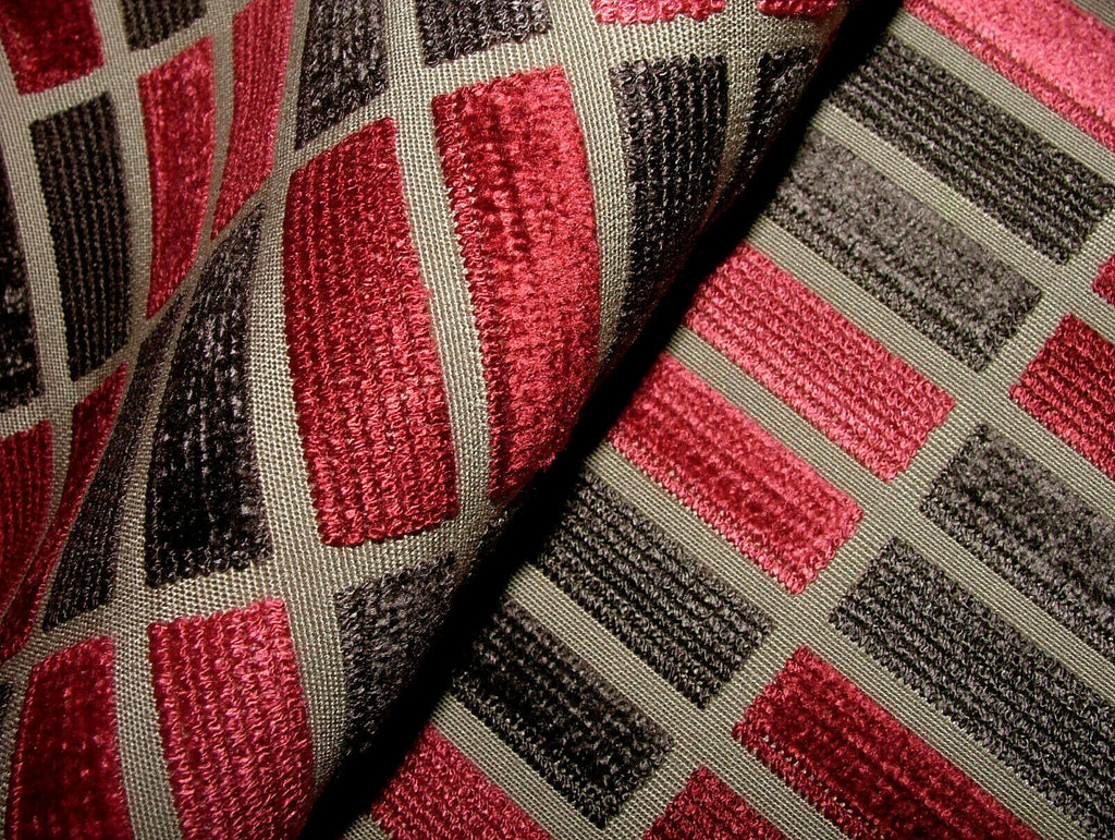 20 Metres Romo Fabric Brindissa Ruby Very High Quality Velvet Upholstery Cushion