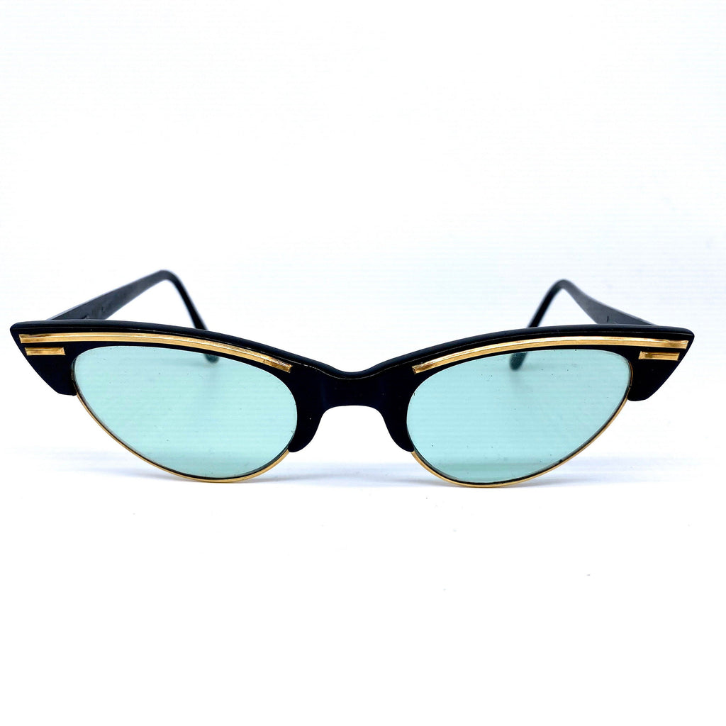1950s black- gold cat eye rockabilly sunglasses - shades branded Pleasant Charm, in great condition - viceversashop