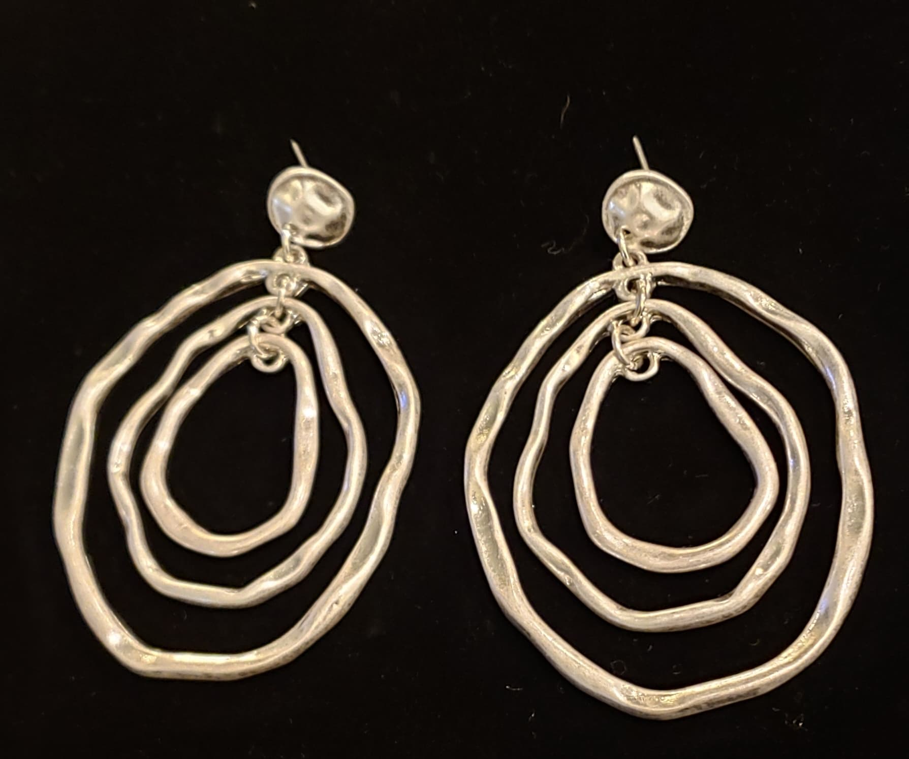 Silver Circles Earrings - Altered Apparel Boutique