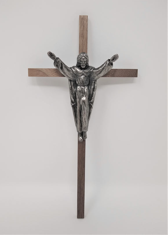 WOOD CROSS WITH TRADITIONAL RISEN CORPUS