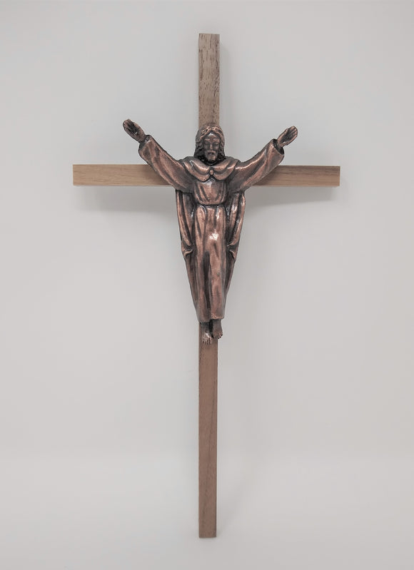 WOODEN CROSS WITH TRADITIONAL COPPER RISEN CORPUS