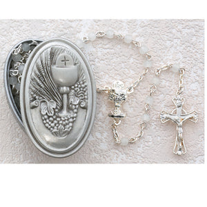FIRST COMMUNION ROSARY IN PEWTER BOX