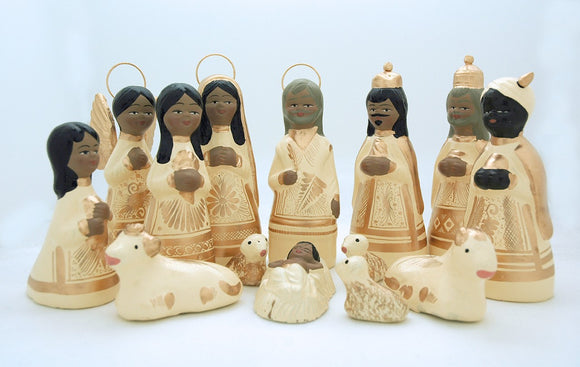 MEXICAN NATIVITY SETIN WHITE 6