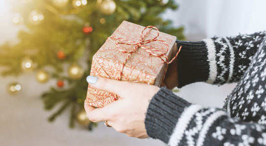 20 Natural Gift Ideas for the Holiday Season!