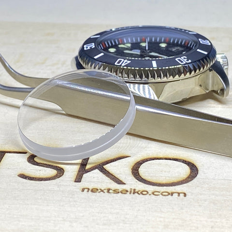 Seiko SKX007 double dome sapphire crystal with blue AR