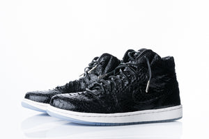 Air Jordan 1 Black Phyton