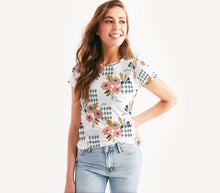 Load image into Gallery viewer, Opie Floral Crewneck Tee