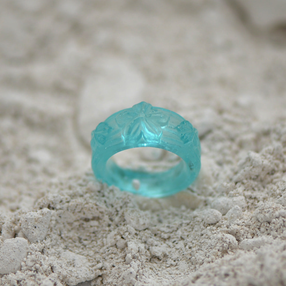 Turquoise Ring made out of fine casting glass