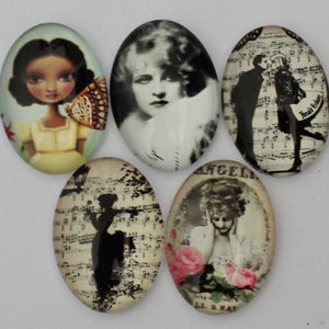 18x25mm Oval Glass Cabochon Mixed Style People Pictures Dome Jewelry Finding Cameo Pendant