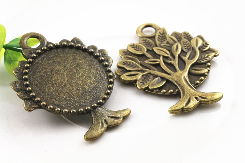 30mm Inner Size Antique Bronze Classic Style Base Setting Charms Pendant