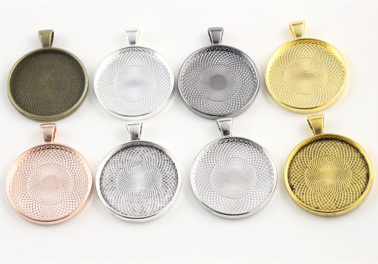 30mm Inner Size 8 Colors Plated Classic Style Base Setting Charms Pendant