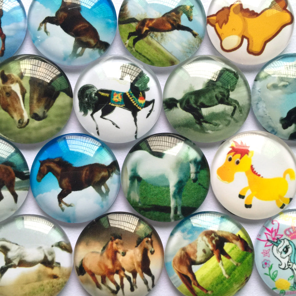10mm 12mm 16mm 18mm 20mm 25mm 30mm 35mm 40mm Mixed Horse Designs Round Glass Cameo Base