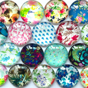 18mm 20mm 25mm Maple Leaf Painting Round Glass Cabochon Mixed Pattern Fit Cameo Base Earring Setting