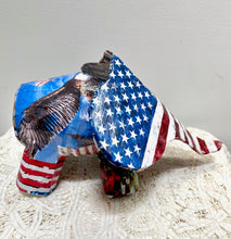 Load image into Gallery viewer, American Flag Elephant