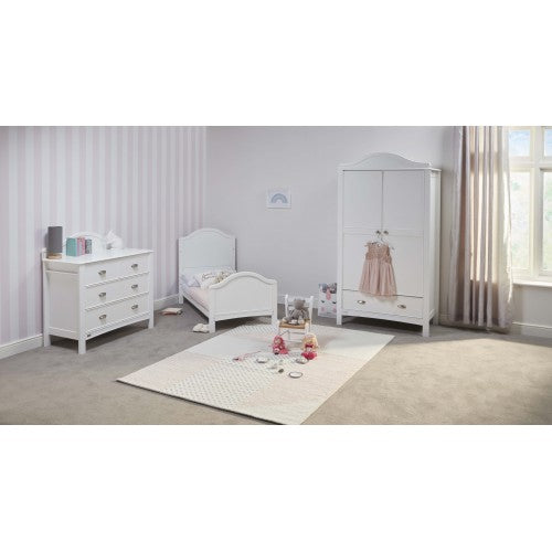 East Coast Nursery Room Set Toulouse White