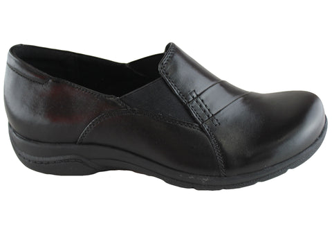 Planet Shoes Suzy Womens Leather Comfort Slip On Shoes